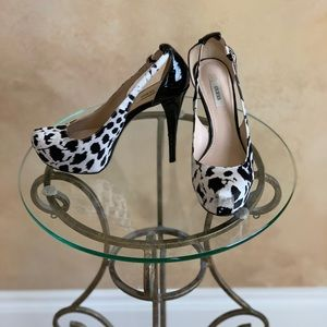 Guess Black and White Heels